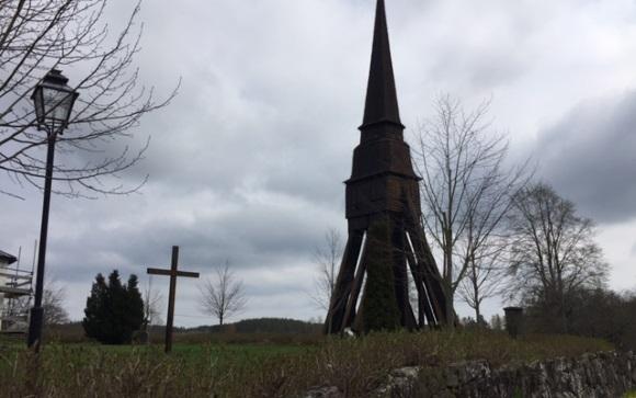 Pelarne Holzkirche
